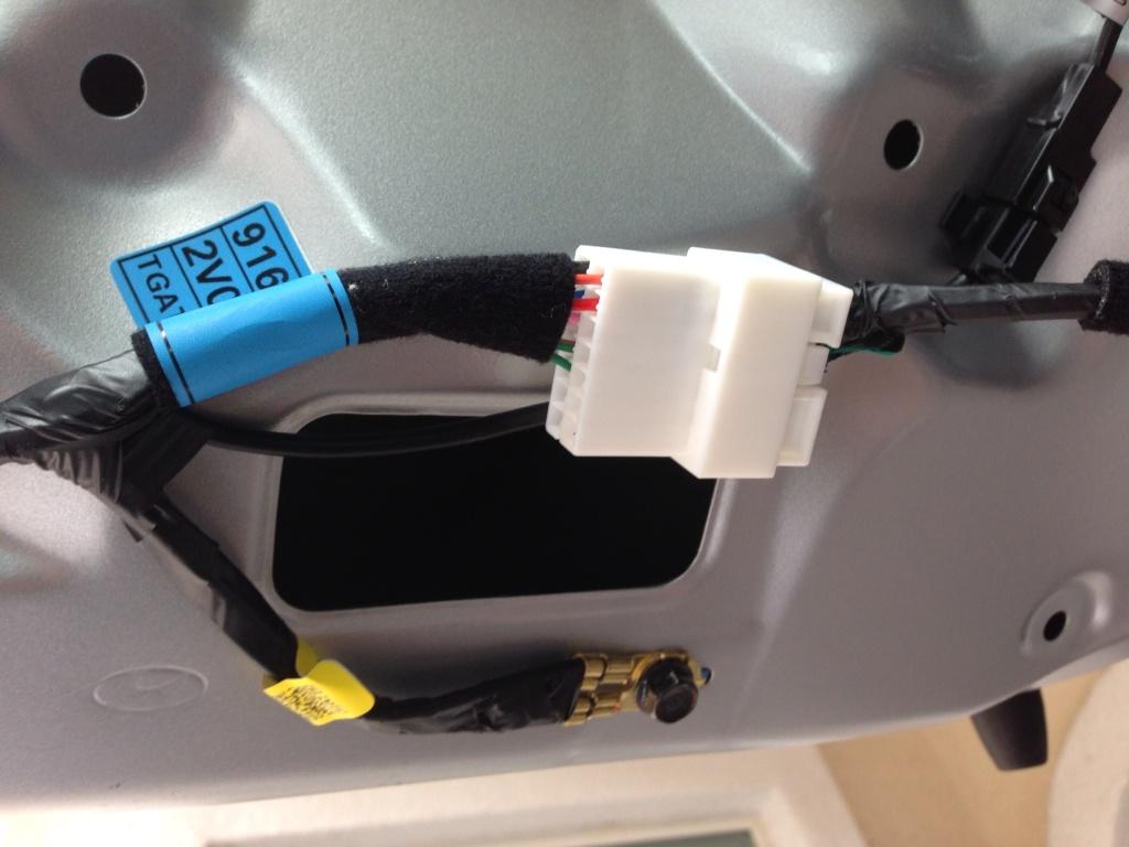 hyundai backup camera wiring diagram hyundai image how to install a backup camera in your veloster on hyundai backup camera wiring diagram