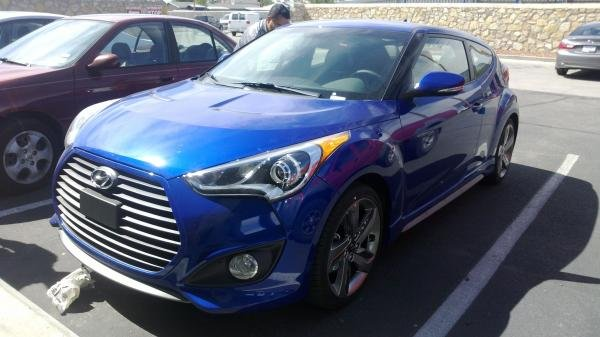 Showcase cover image for captainofiron's 2013 Hyundai Veloster Turbo