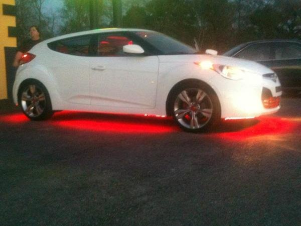 Showcase cover image for cel121's 2012 Hyundai Veloster