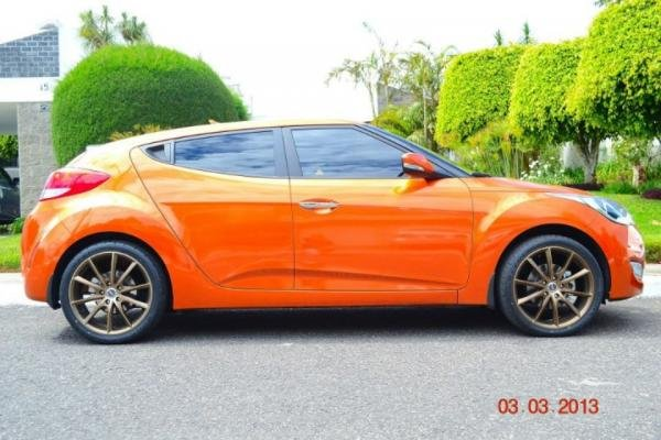 Showcase cover image for Hippopomo's 2013 Hyundai Veloster